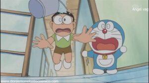 Doraemon Capitulo 38 La camara que sirve para cambiarse